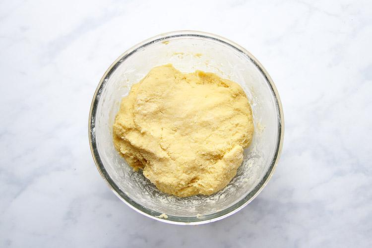 Dough for plum dumplings