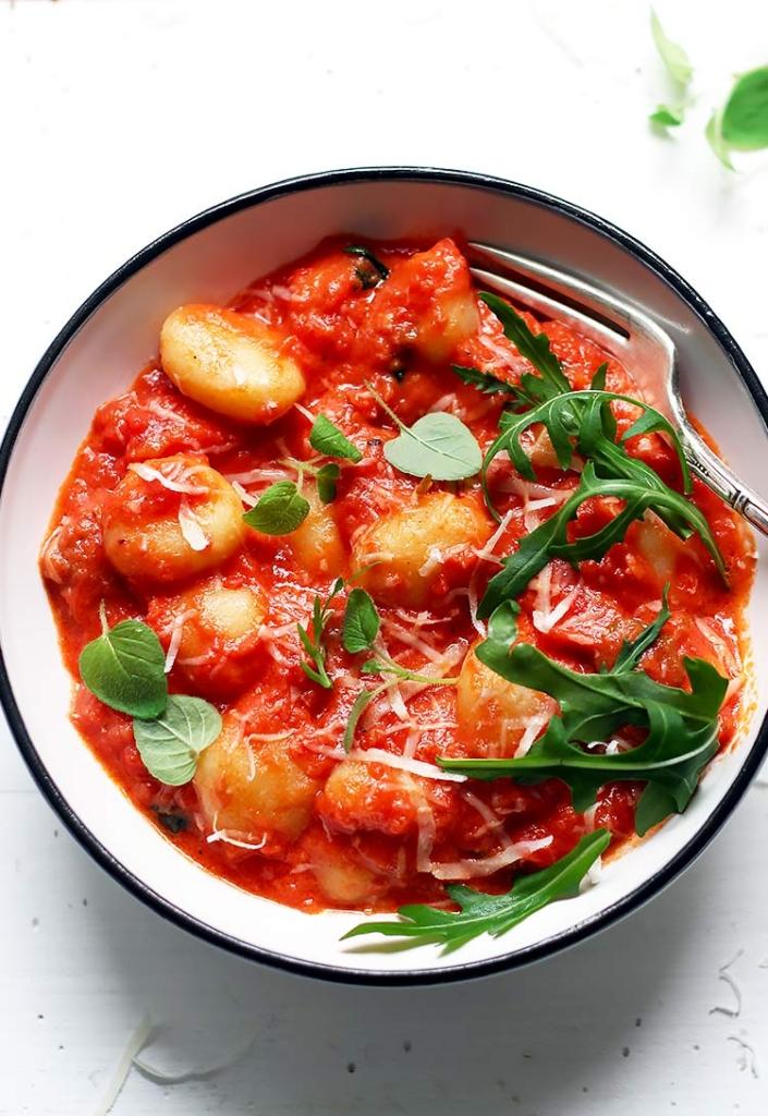 Easy Recipe Gnocchi with Tomato Sauce