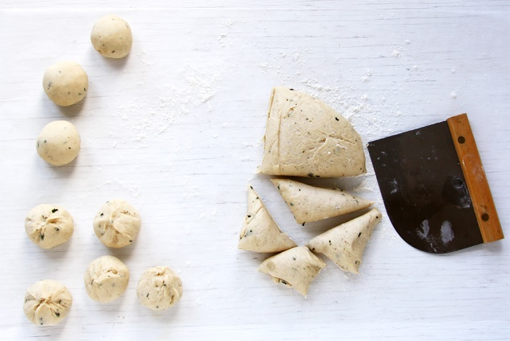 Easy Thanksgiving dinner rolls recipe