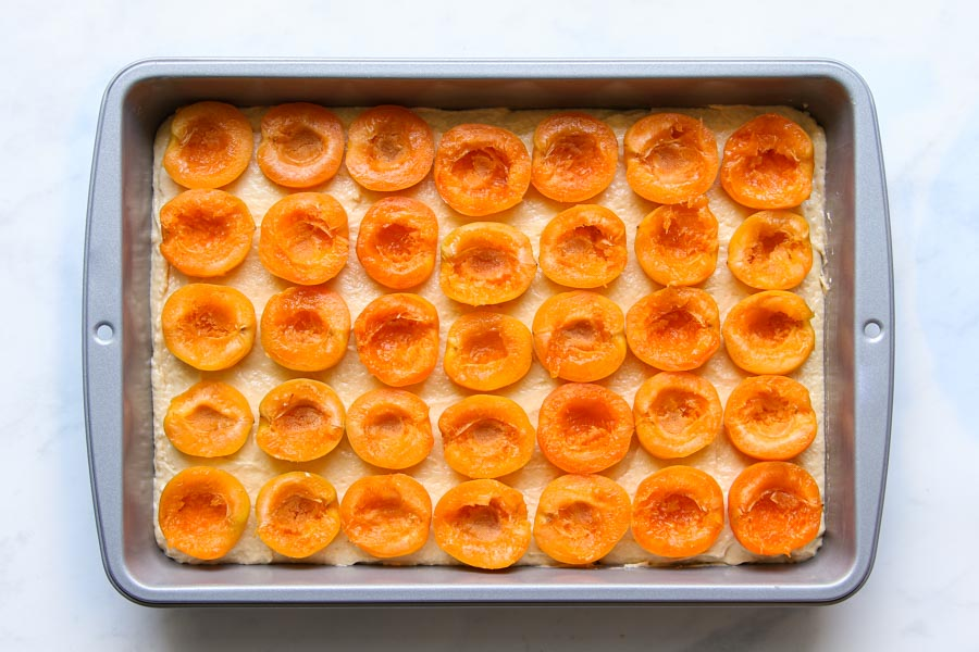 Easy apricot sheet cake recipe