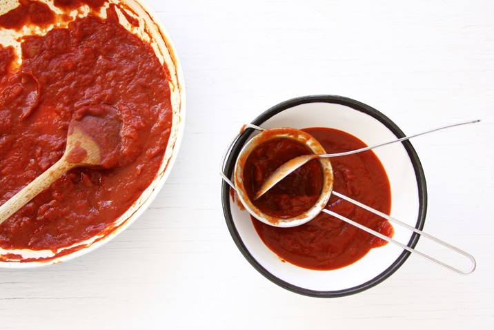 Easy recipe for BBQ sauce not too sweet