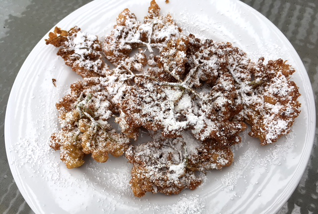 Elderflower fritters picture by user