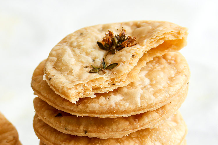 Flaky savory herb crackers recipe