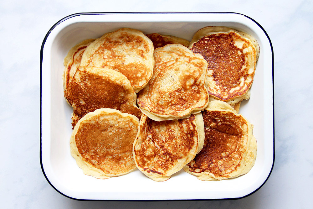 Cooked banana pancakes in tray