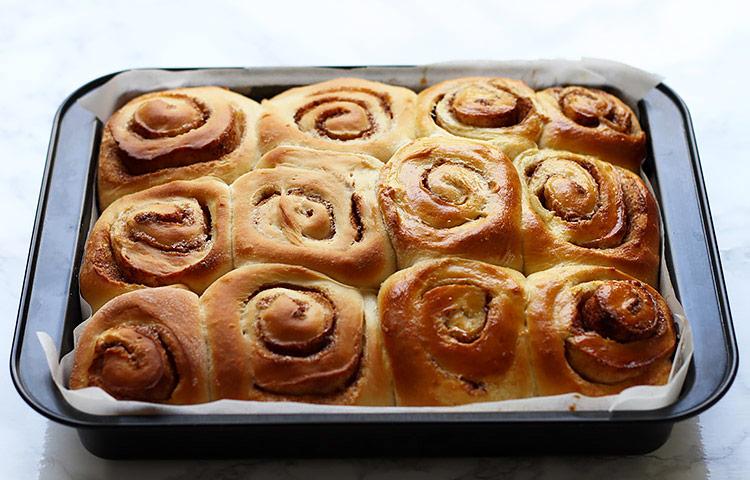 Giant overnight cinnamon rolls recipe