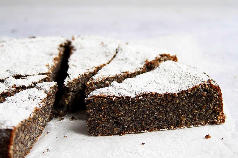 Gluten-free poppy seed cake recipe