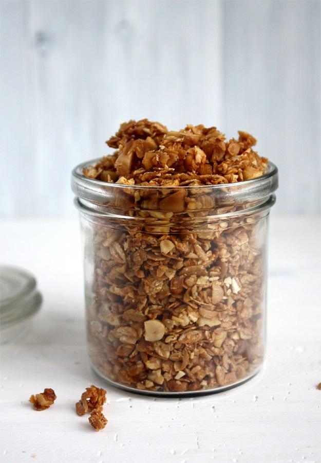Granola with Walnuts