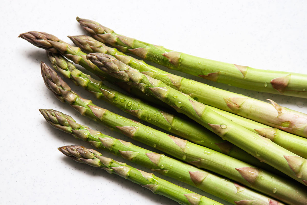 Green Asparagus spears for risotto