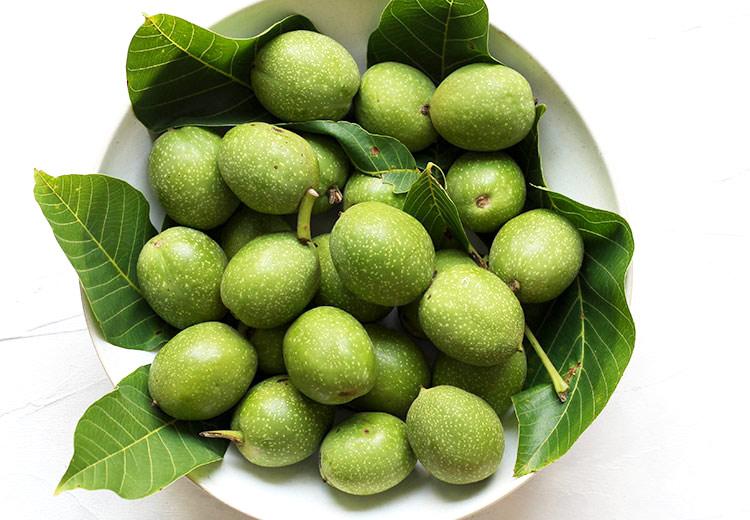 Green walnuts for spiced walnut liqueur recipe
