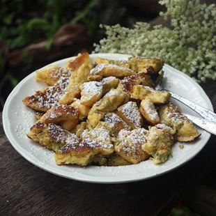 Austrian Kaiserschmarrn with Elderflowers