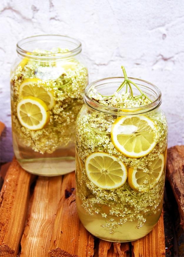 Homemade Elderflower Cordial Recipe
