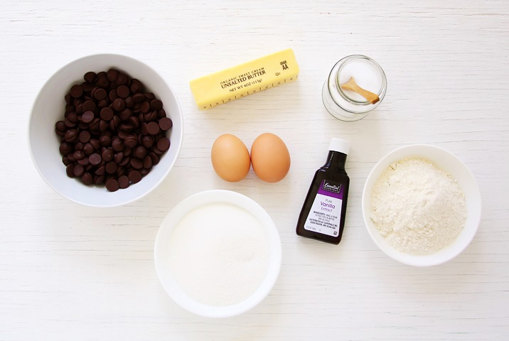 Ingredients for moist and chewy brownies