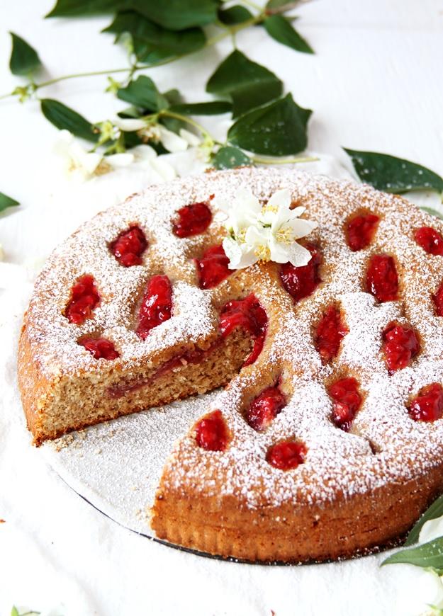 Linzer Tart with Strawberries Recipe