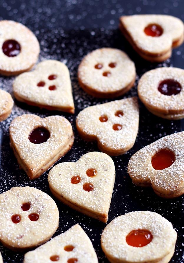 Linzer cookies Austrian recipe