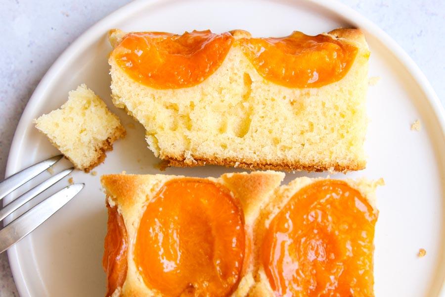 Moist apricot sheet cake recipe