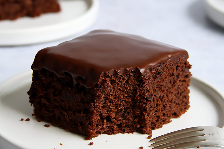Moist chocolate zucchini cake recipe