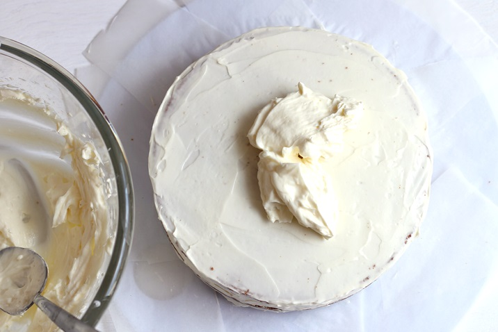 No butter low sugar cream cheese frosting recipe for carrot cake