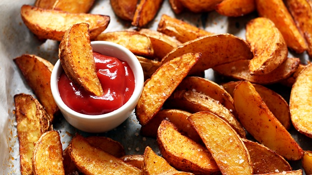 Perfect crispy baked potato wedges recipe