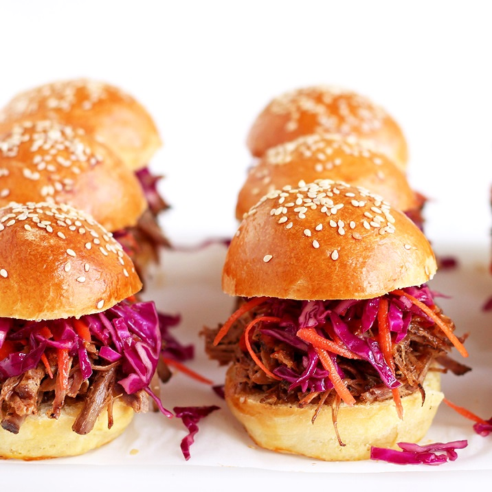 Pulled Pork Silders on homemade buns recipe