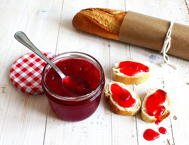 Quick blood orange jam with Aperol recipe