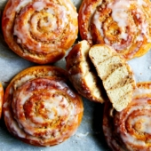 Walnut Cinnamon Buns – with Video