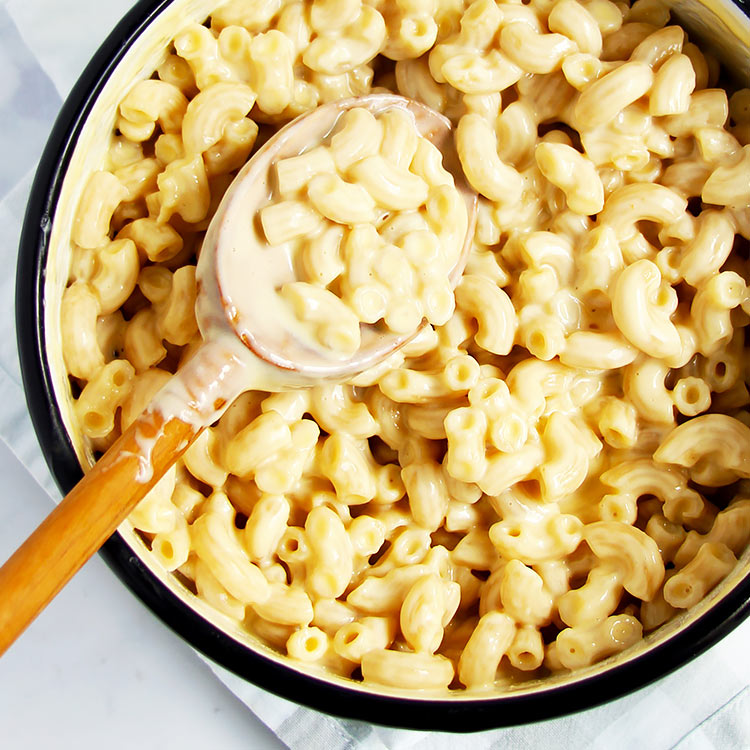 Quick Stovetop Mac and Cheese (15 minutes)