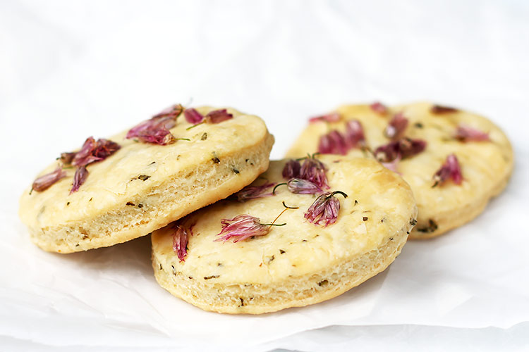 Savory herb cookies with chive recipe