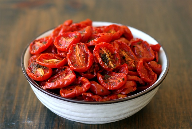 Semi dried tomatoes - Recipe
