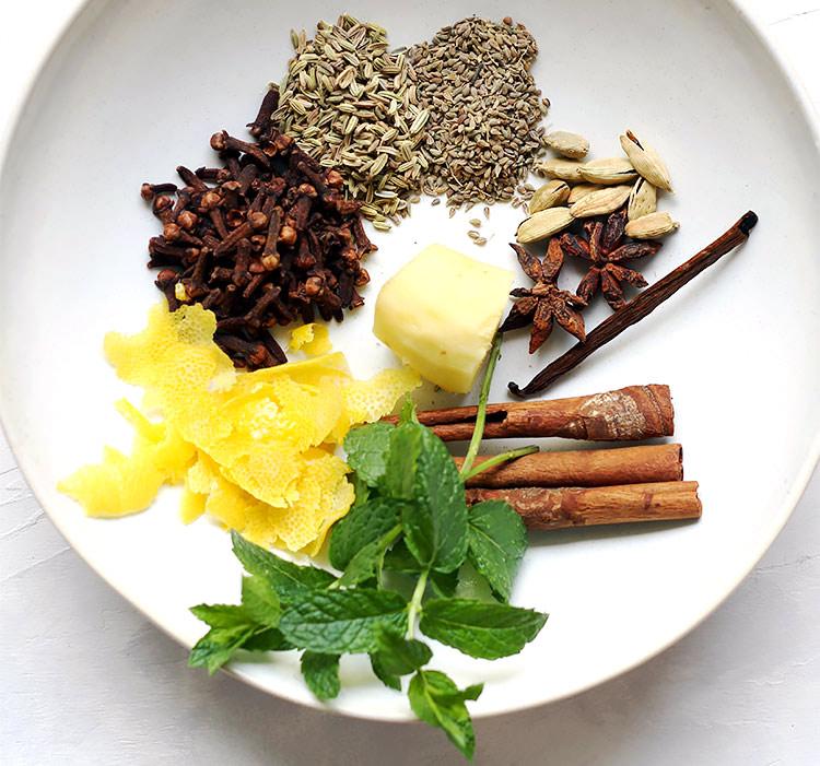 Spices for walnut liqueur recipe