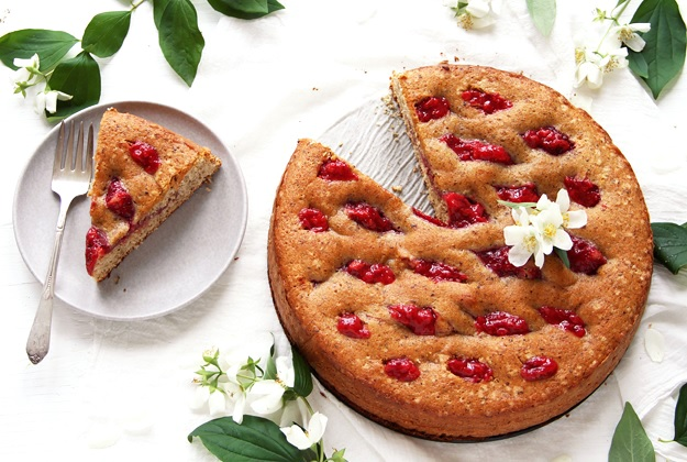 Strawberry Linzer Torte Recipe