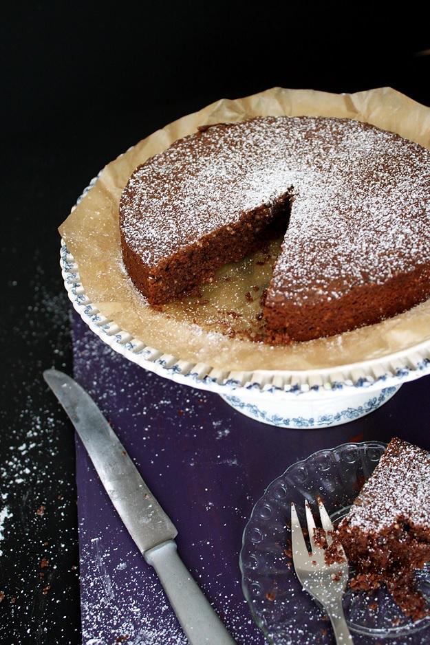 torta caprese - chocolate cake without flour