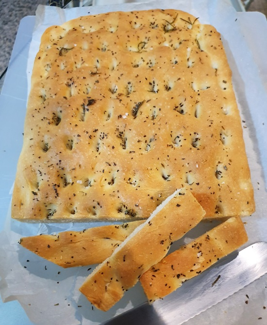 Airy focaccia following a recipe by www.lilvienna.com
