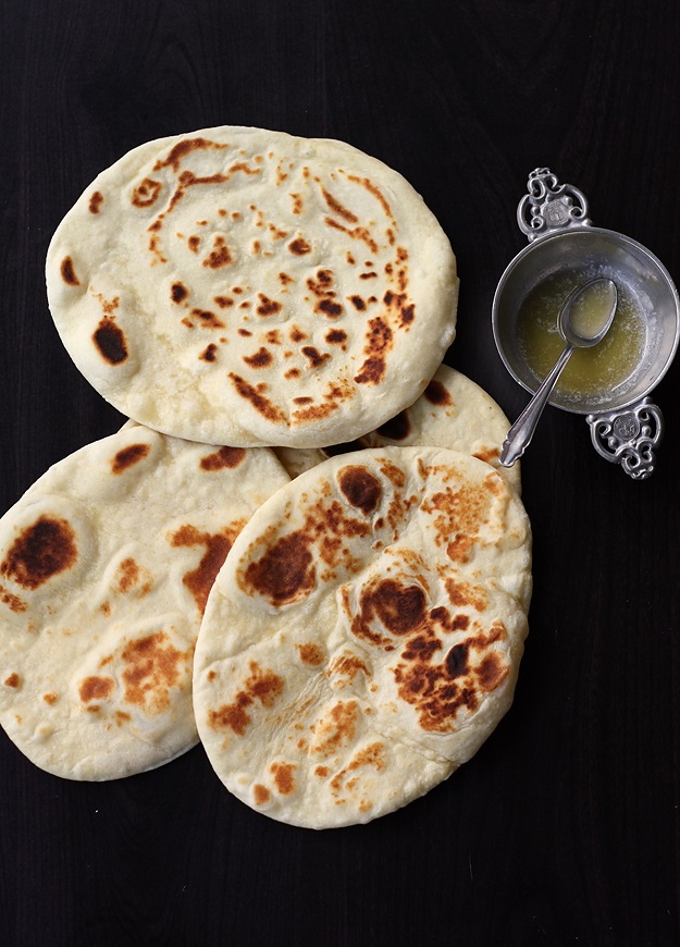 Easy no yeast naan little vienna this is not only a quick and easy recipe for the most delicious indian flatbread but also makes the softest fluffiest naan you can imagine forumfinder Gallery