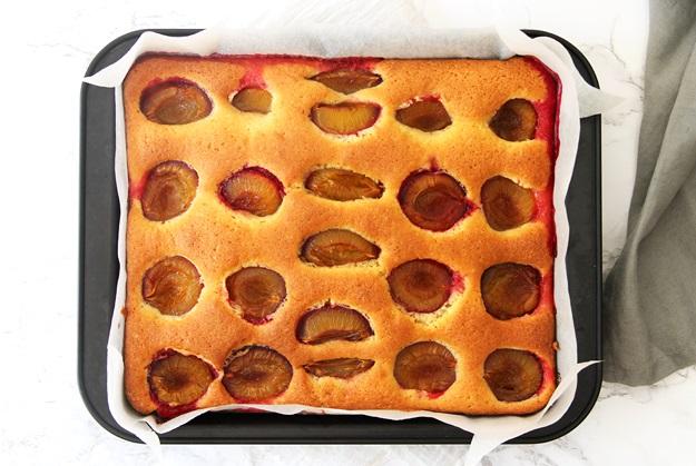 simple plum cake recipe